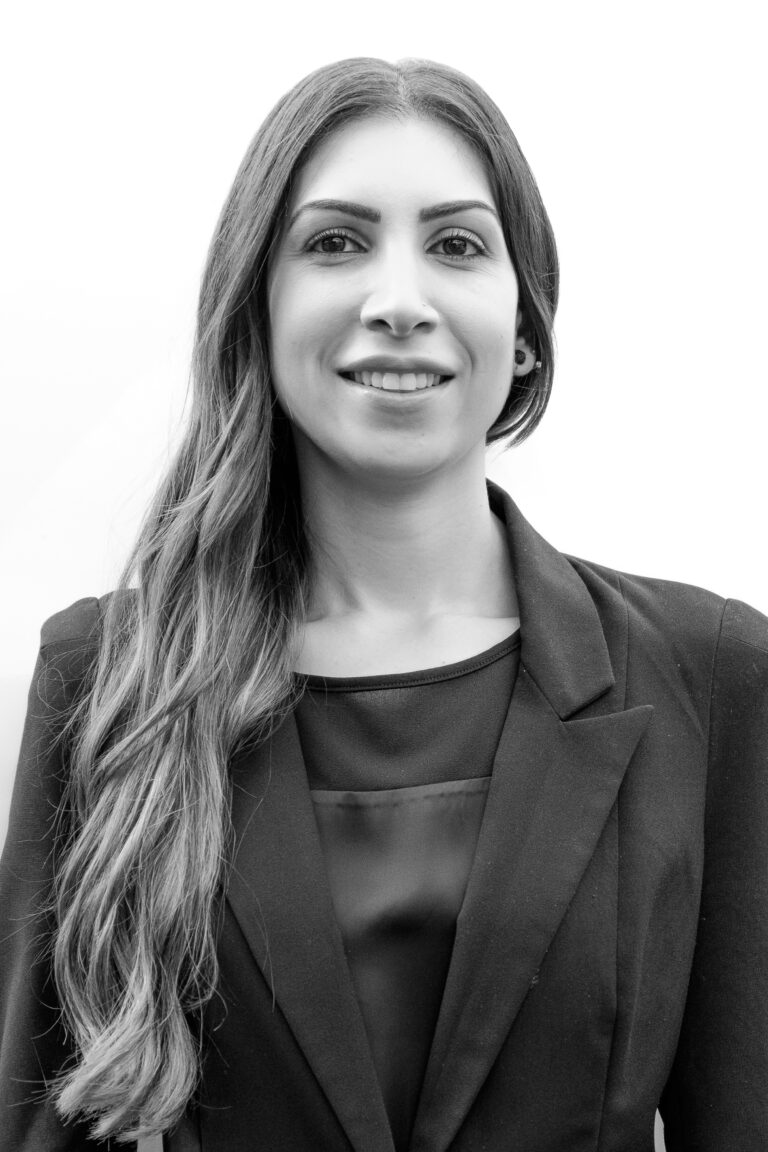 Sandy Farah